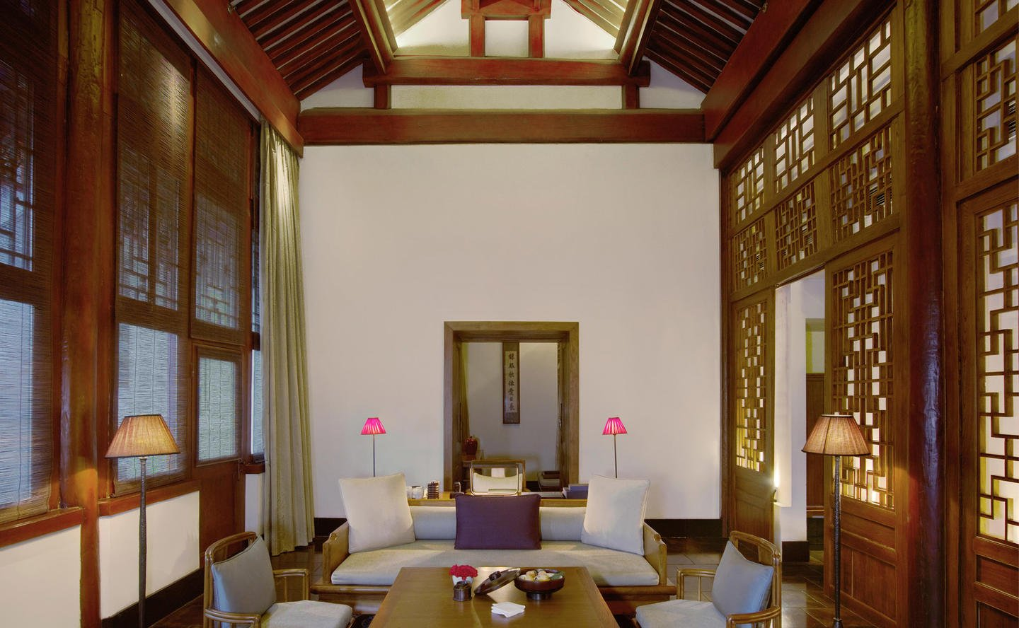 Living Area, Deluxe Suite - Aman Summer Palace, China