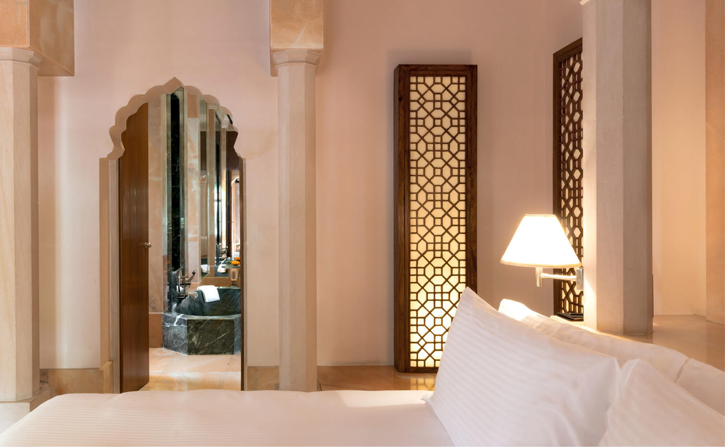 Bedroom, Courtyard Haveli Suite - Amanbagh, India