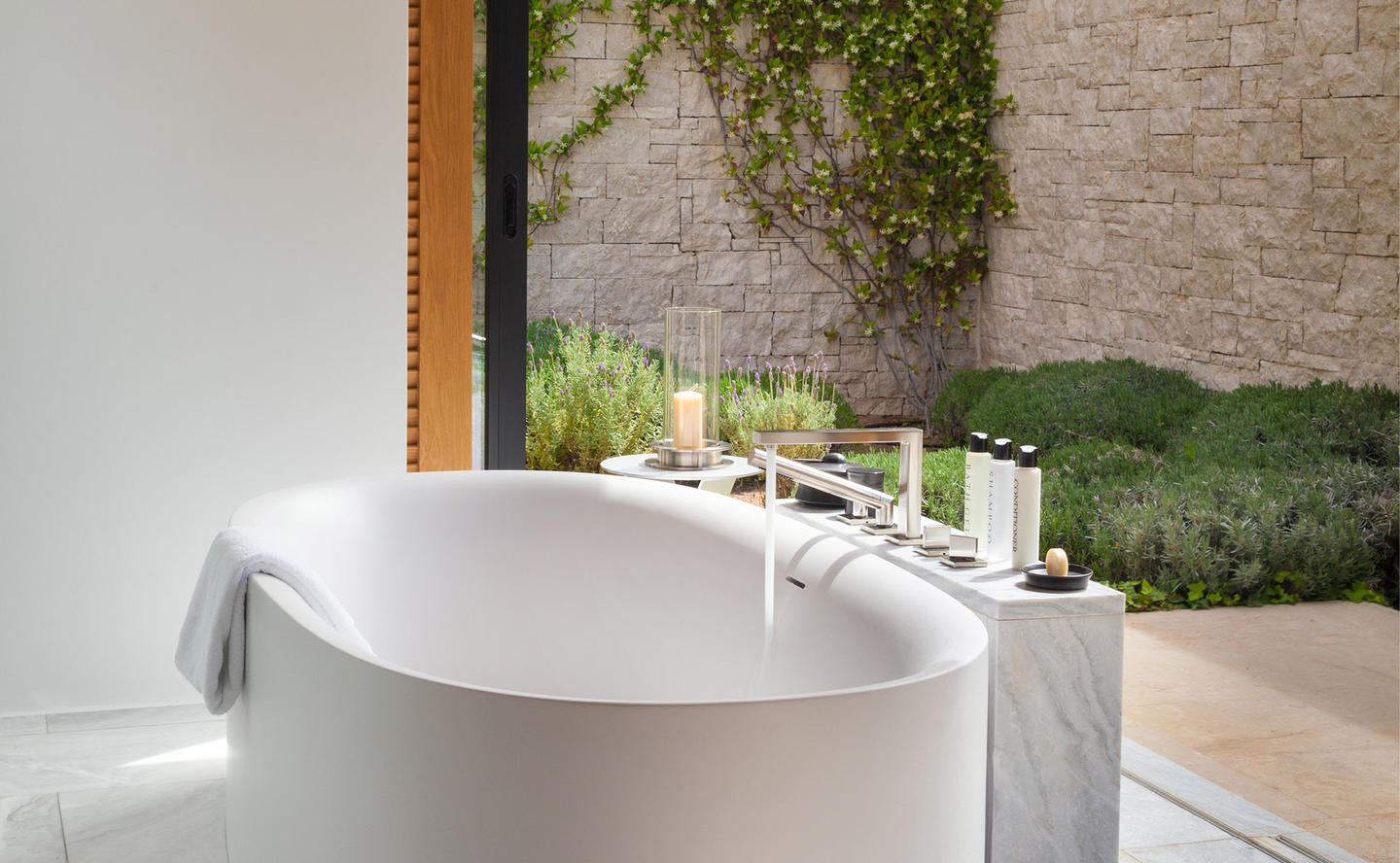 Bathroom, Six-Bedroom Villa - Amanzoe, Greece
