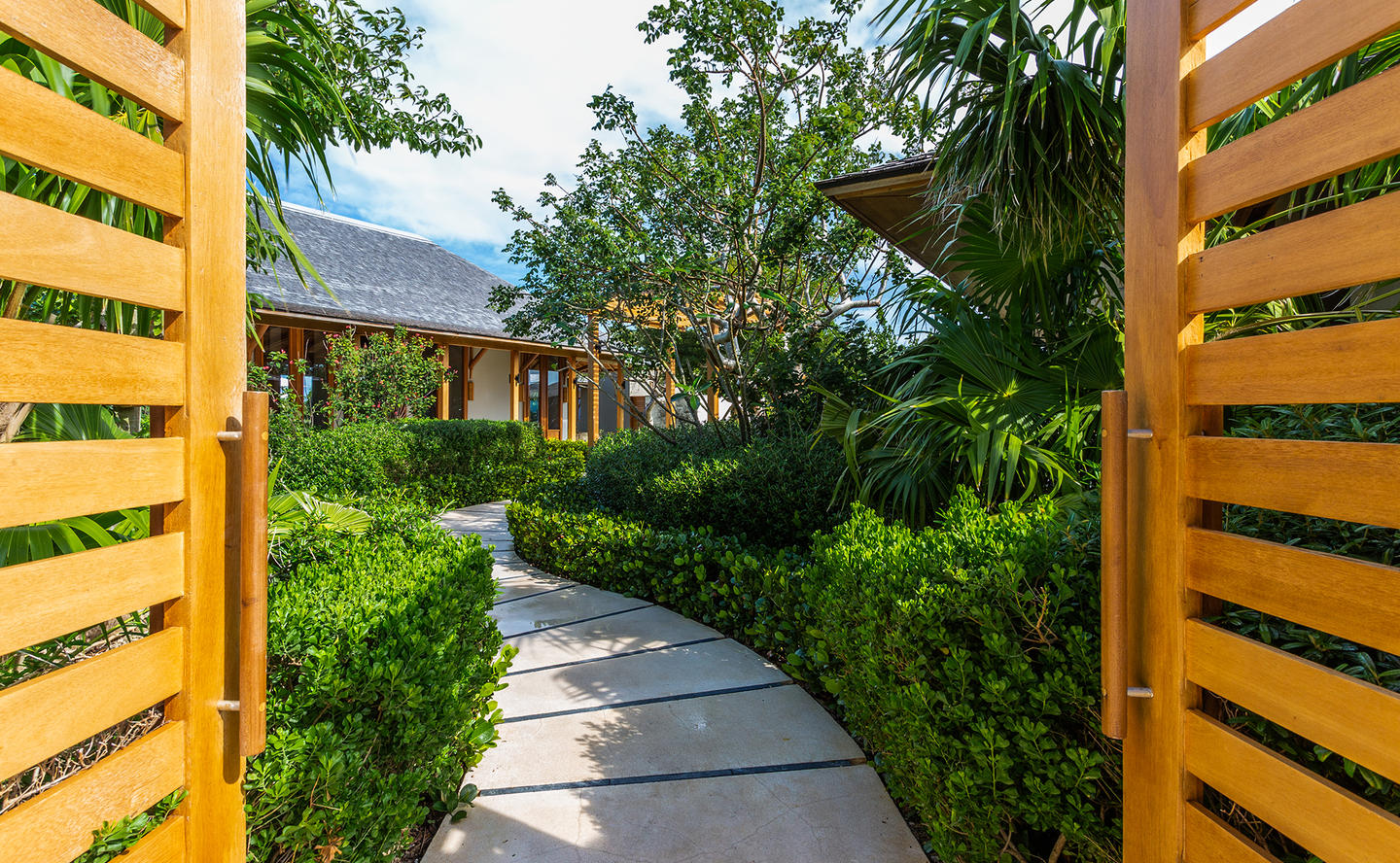 Entrance, Four-Bedroom Deluxe Beach Sala Villa, Amanyara Turks & Caicos